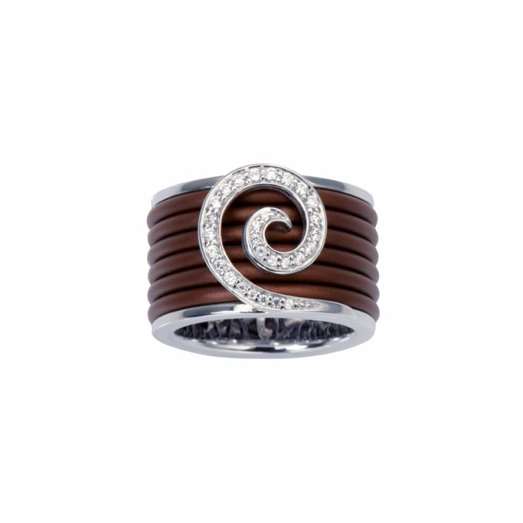 Sterling silver ring with brown rubber and CZ, rhodium plated.