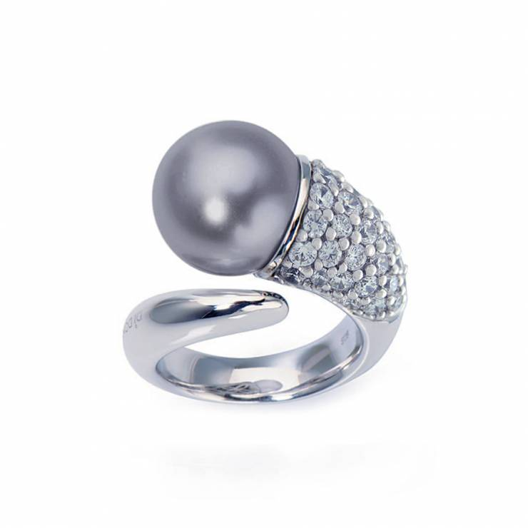 Sterling silver ring set with CZ, gray shell pearl, rhodium plated.